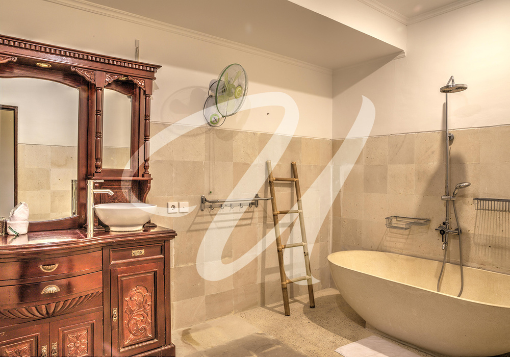 Villa Ultima Bali Master Bathroom