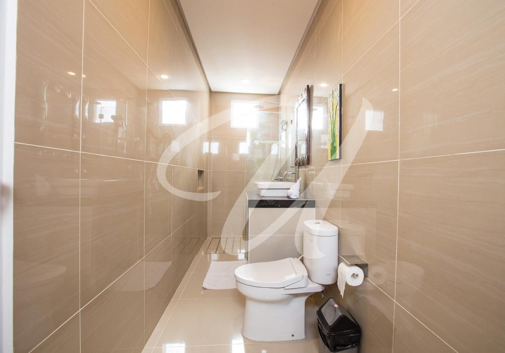 Villa Ultima Bali Bathroom 3