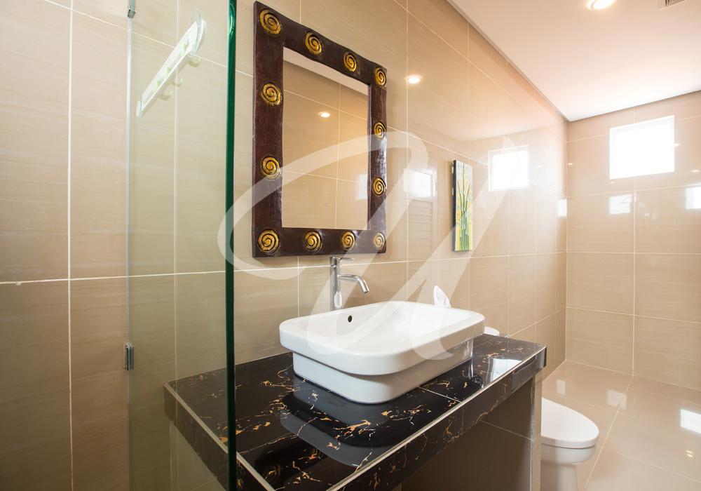 Villa Ultima Bali Bathroom 2